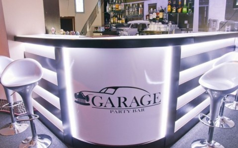 Garage Party Bar