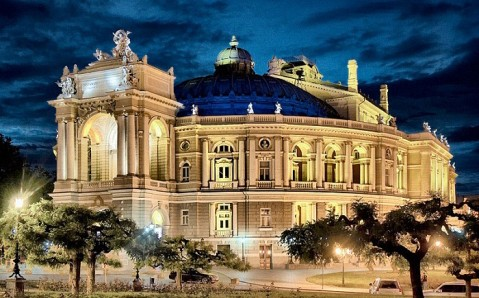 Temple of Arts: the most beautiful opera houses of Ukraine