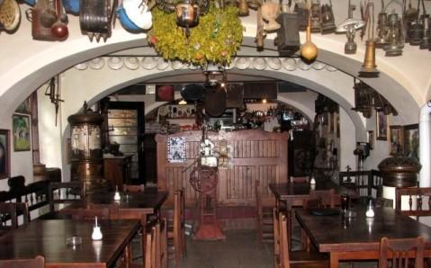 Кафе «Под замком»
